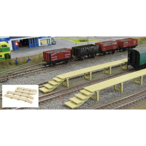 Gaugemaster GM407 Fordhampton Carriage Platforms Plastic Kit - OO / HO