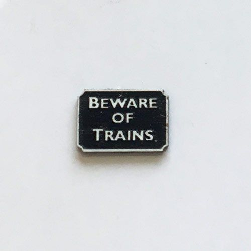 LX094-OO Laser Engraved Beware Of Trains Sign (Pack of 6) OO/4mm/1:76