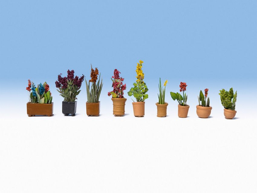Noch 14012 Ornamental Plants In Pots (Pack of 9) - OO / HO