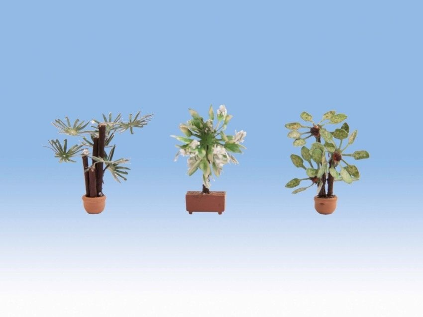 Noch 14023 Large Ornamental Tropical Plants (Pack of 3) - OO / HO
