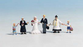 Noch 15860 Wedding Group with Priest (Pack of 6) OO/HO