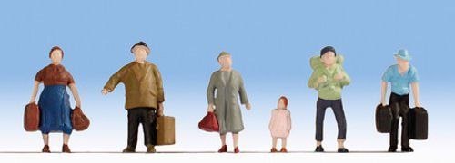 Noch 18115 Hobby Series Pedestrians With Luggage (Pack of 6) OO/HO