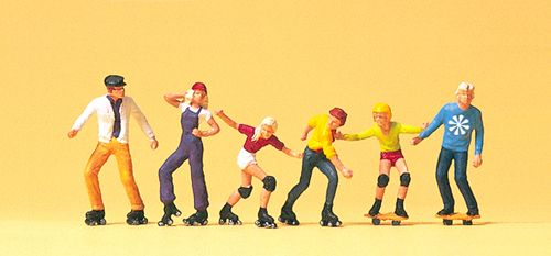 Preiser 10074 Roller Skaters  & Skateboarders Figure Set