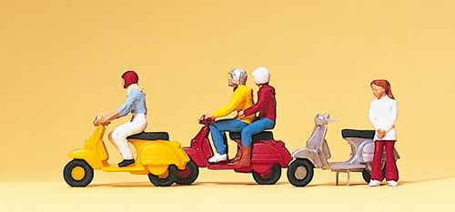 Preiser 10128 Vespa Riders (Pack of 3) OO/HO